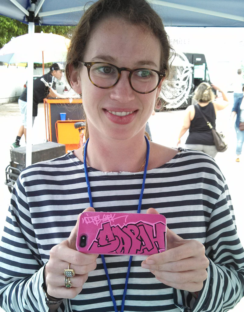 Speck at Miami Mini Maker Faire - Sarah got her case personalized by Broe Knows