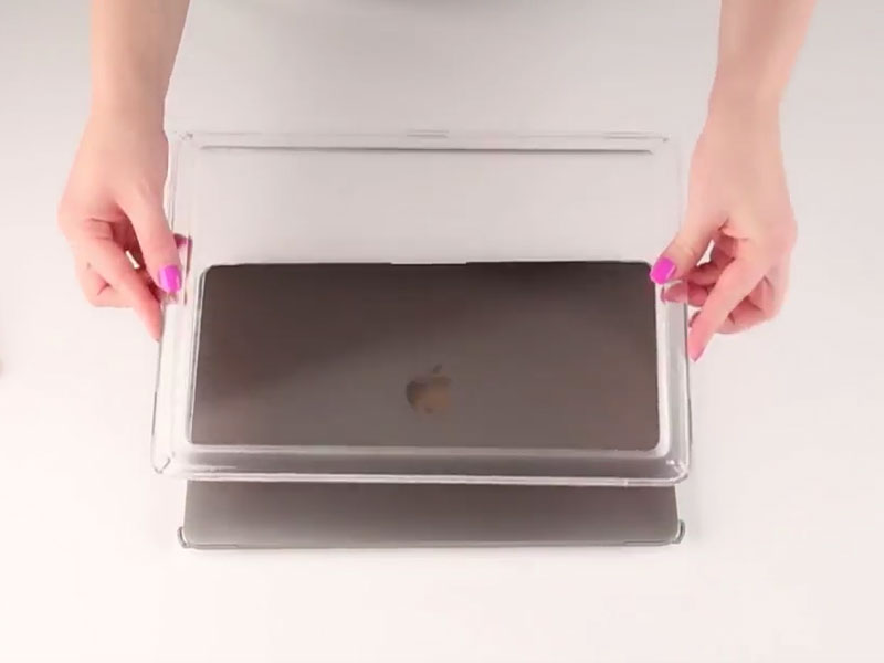 Image for How To Install and Remove Presidio Clear for MacBook cases by Speck Products